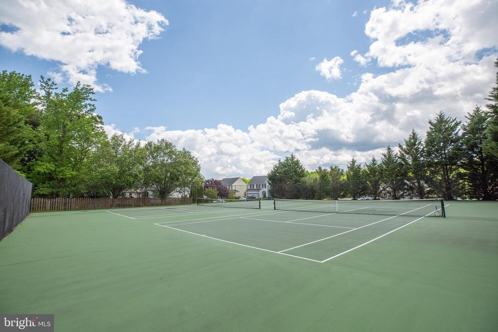 Community Tennis Courts - 29 WALLACE LN, STAFFORD