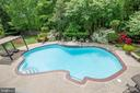 Vacation in your own backyard. - 29 WALLACE LN, STAFFORD