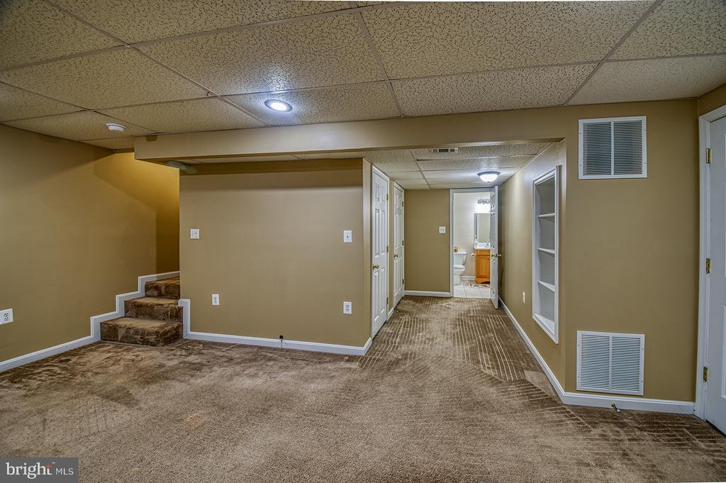 Finished Basement with Full Bathroom - 103 CROSSING POINTE CT, FREDERICK