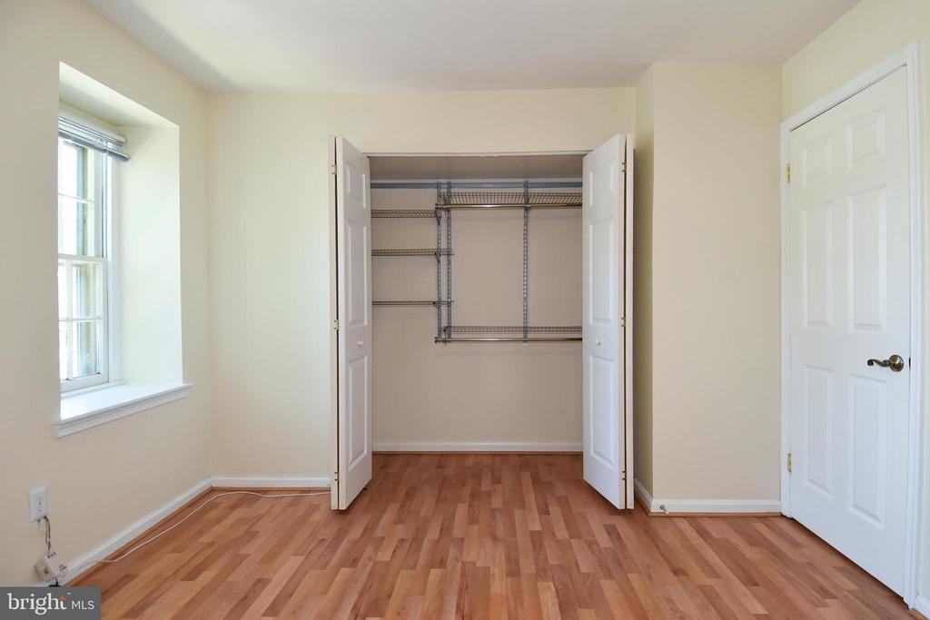 Custom shelving in master bedroom  closet! - 6463 FENESTRA CT #50C, BURKE