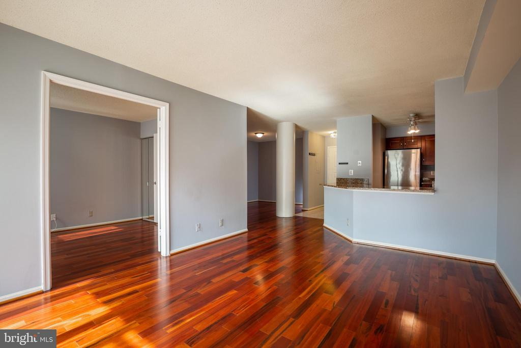 LIVING ROOM, KITCHEN AND DINING - 2100 LEE HWY #328, ARLINGTON