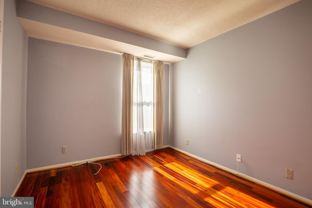 BEDROOM 2 - 2100 LEE HWY #328, ARLINGTON