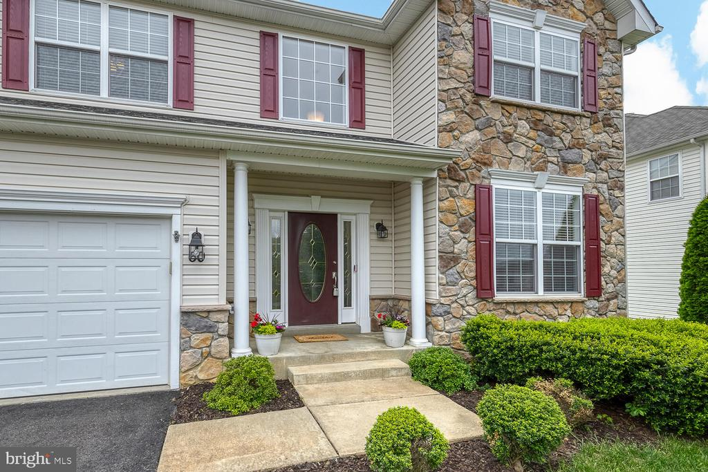 Stone front Colonial - 60 SANCTUARY LN, STAFFORD