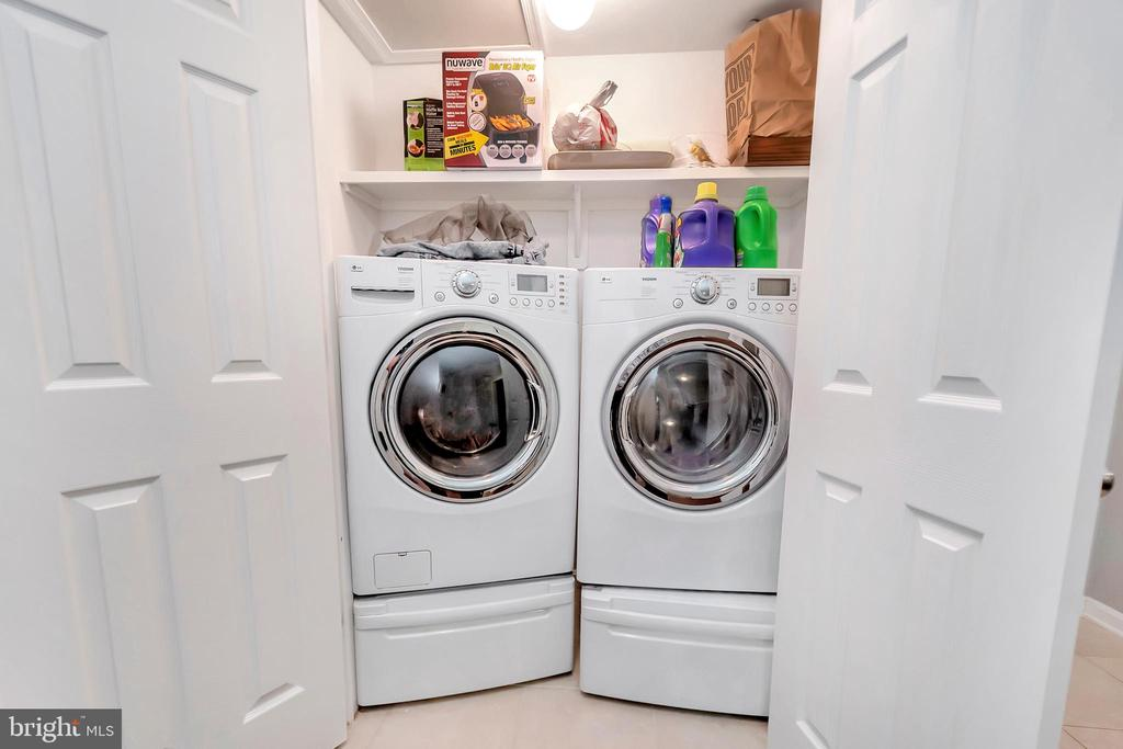 Laundry - 593 WIDEWATER RD, STAFFORD