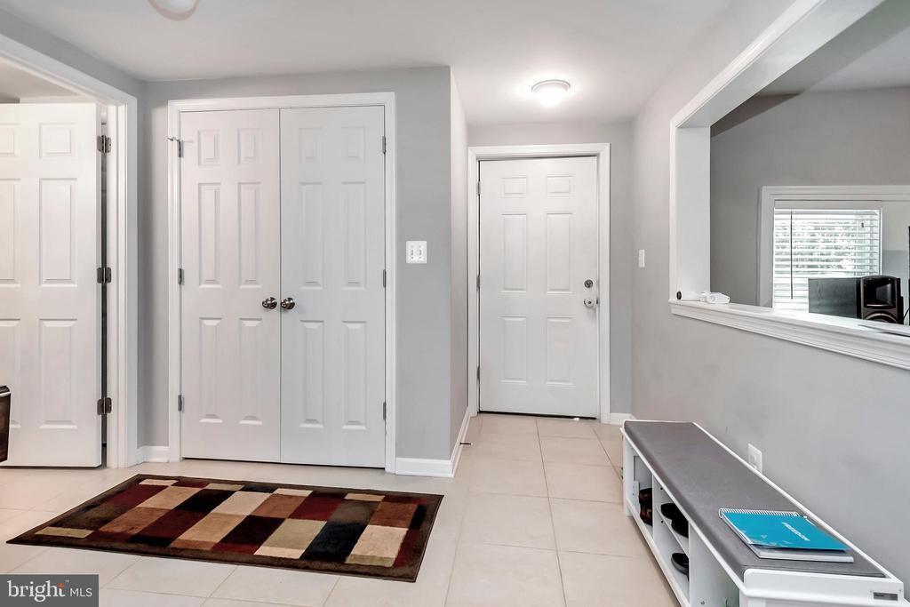 Foyer - 593 WIDEWATER RD, STAFFORD