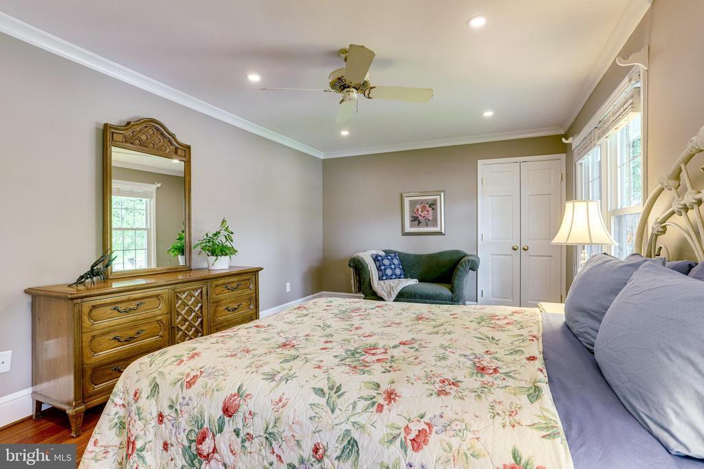 Second bedroom - 11967 GREY SQUIRREL LN, RESTON