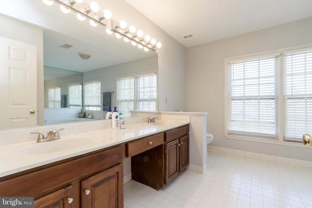 Primary Bath - 13645 MELSTONE DR, CLIFTON