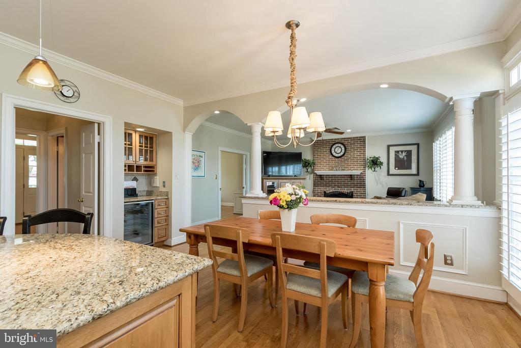 Kitchen Eat in area - 13645 MELSTONE DR, CLIFTON