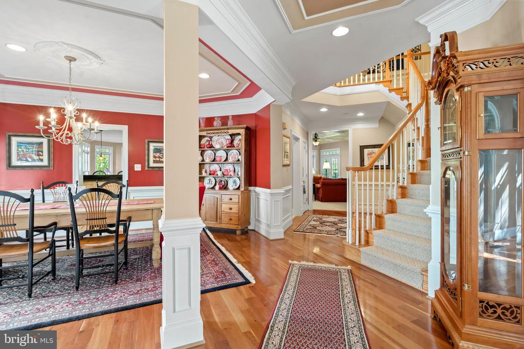 Grand Foyer and Open Main Level - 43327 RIVERPOINT DR, LEESBURG
