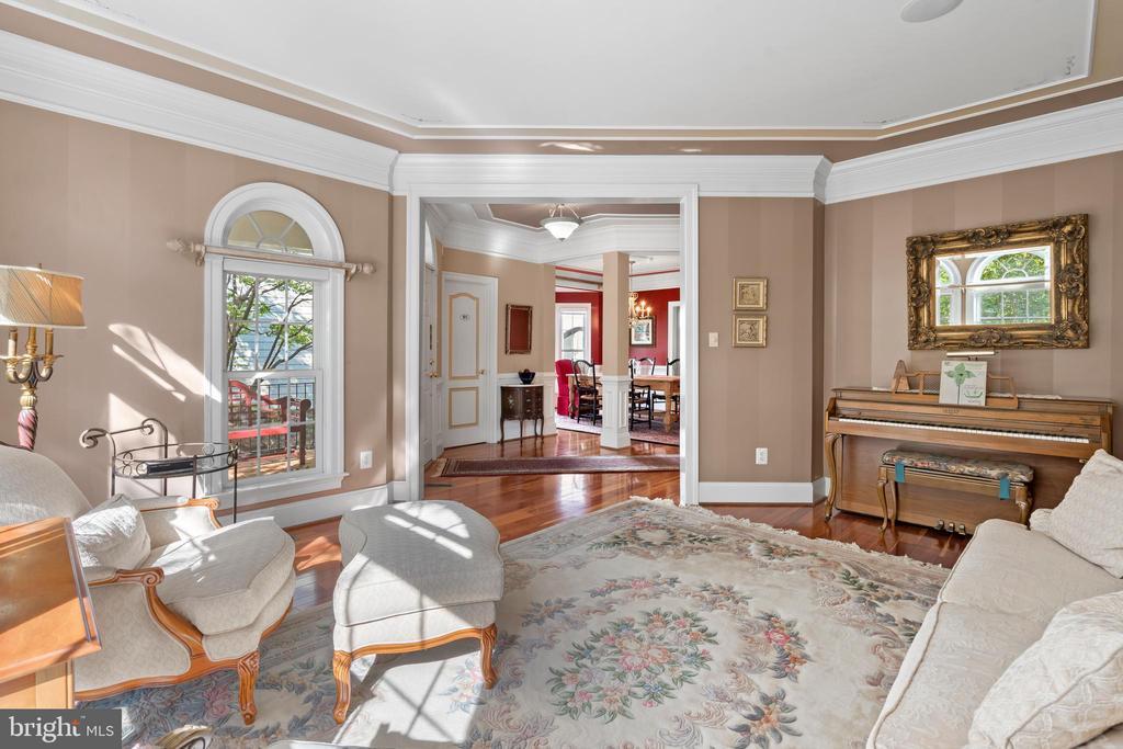 Formal Living Room - 43327 RIVERPOINT DR, LEESBURG
