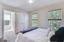 Bedroom # 3 of 3 w/ shared full bathroom. - 43533 MINK MEADOWS ST, CHANTILLY