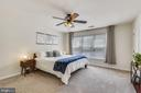 Owner's Suite on middle level. - 43533 MINK MEADOWS ST, CHANTILLY