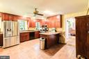 Renovated and updated kitchen - 19060 LINCOLN RD, PURCELLVILLE