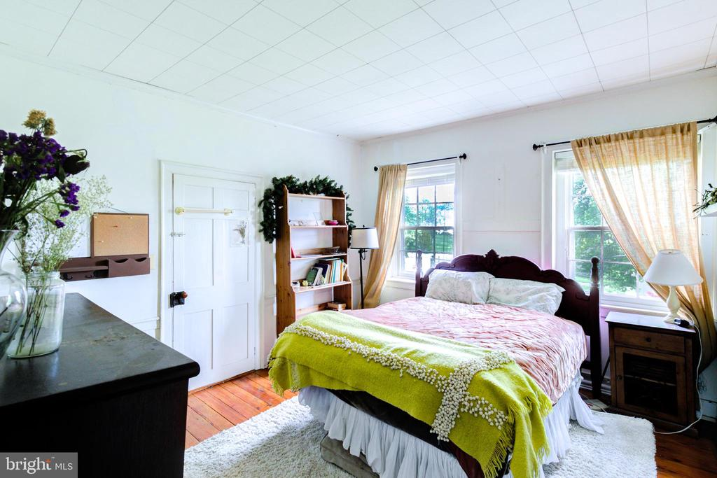 Secondary / guest room - 19060 LINCOLN RD, PURCELLVILLE