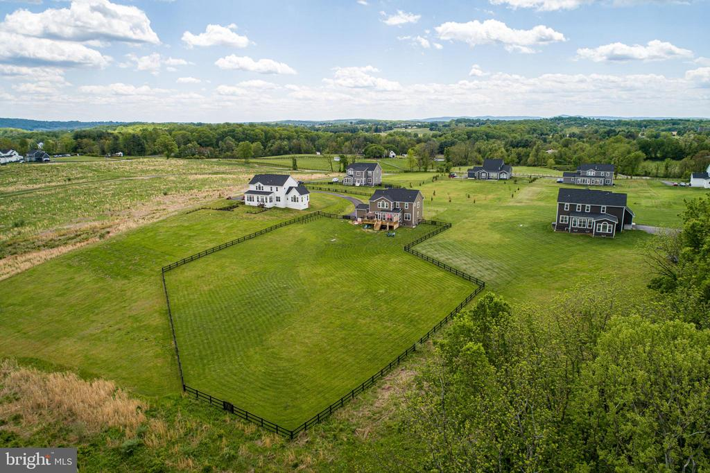 Fully fenced with great views! - 36960 BRIDLE RIDGE LN, PURCELLVILLE