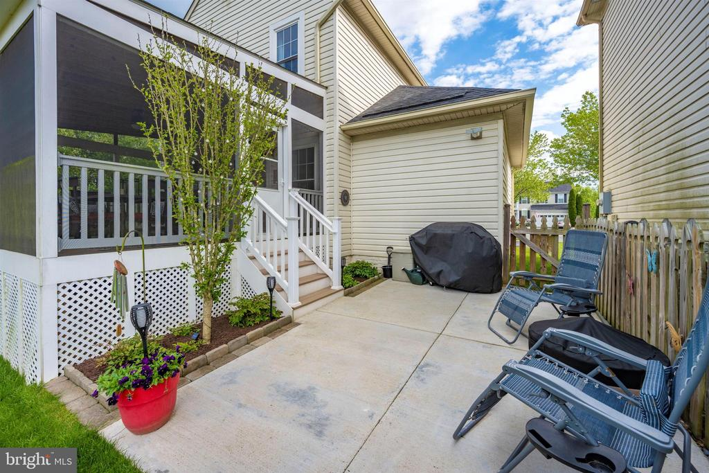 Patio - 17004 INDIAN GRASS DR, GERMANTOWN