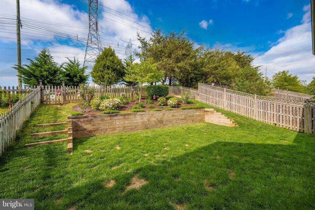Back yard - 17004 INDIAN GRASS DR, GERMANTOWN