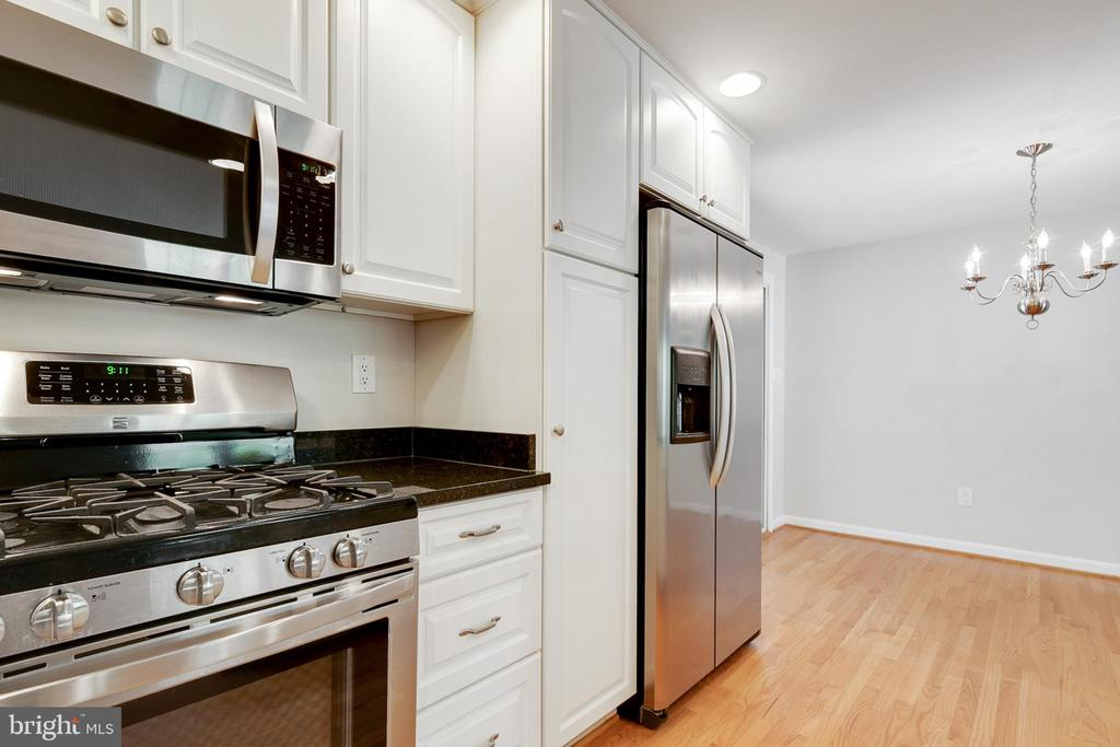 - 15405 WEMBROUGH ST, SILVER SPRING