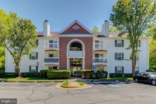 5707 OLDE MILL CT #118