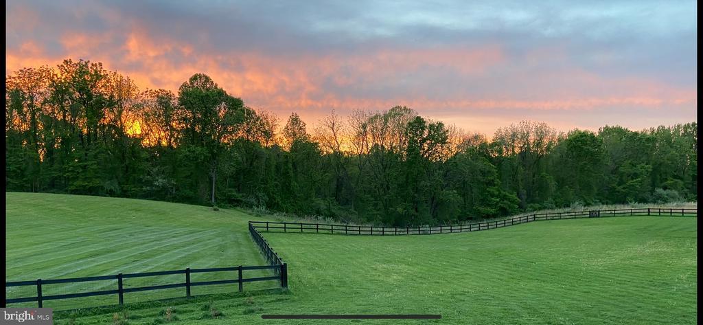 Sunset views are stunning! - 36960 BRIDLE RIDGE LN, PURCELLVILLE