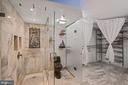 Glass-enclosed shower space - 1600 N OAK ST #532, ARLINGTON