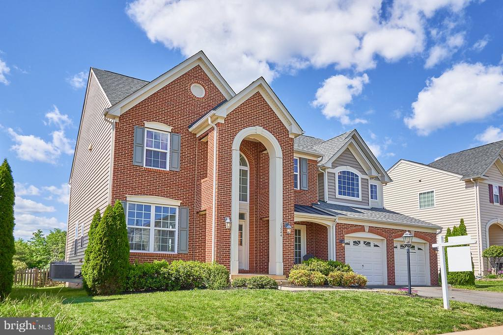 Beautiful Elevation - 13944 BARRYMORE CT, GAINESVILLE