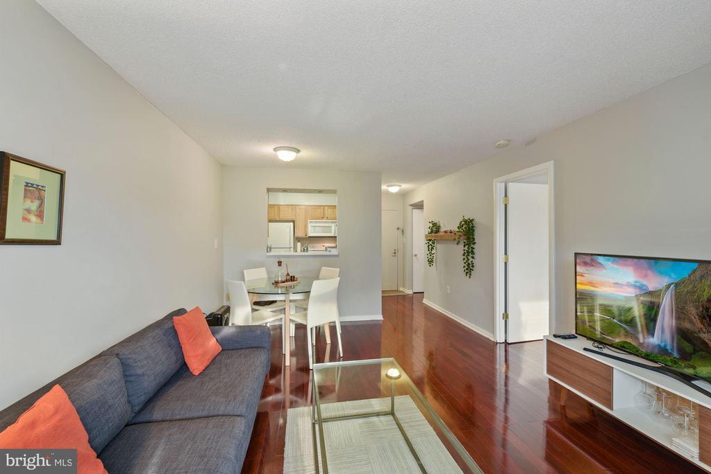 Living Room - 2nd view - 2111 WISCONSIN AVENUE, NW #420, WASHINGTON