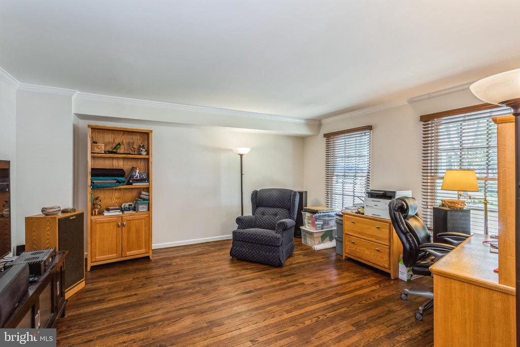 Formal living room, currently a home office - 13619 BRIDGELAND LN, CLIFTON