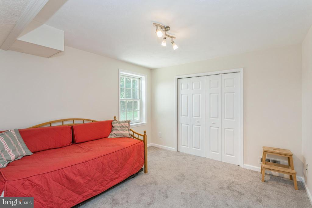 Bedroom #5 in lower - 13619 BRIDGELAND LN, CLIFTON