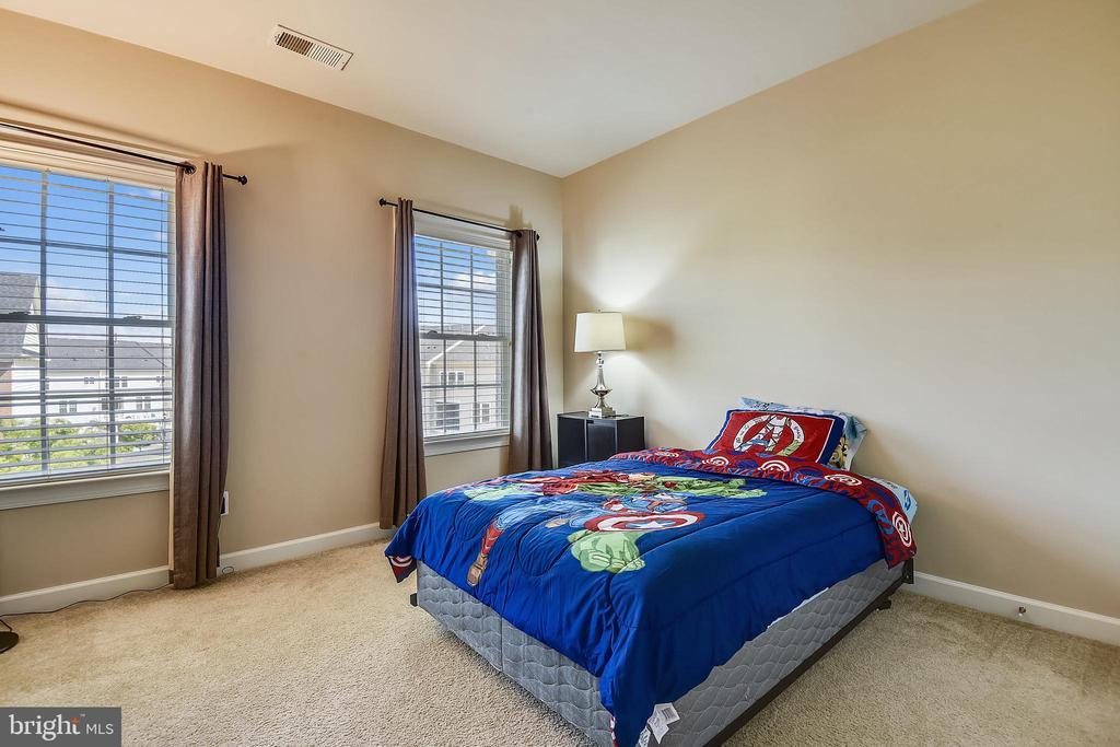 Bedroom 3 - 24953 EARLSFORD DR, CHANTILLY