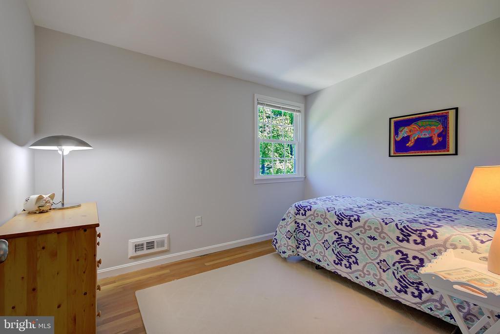 Bedroom #4 (Upper Level) - 2502 CHILDS LN, ALEXANDRIA