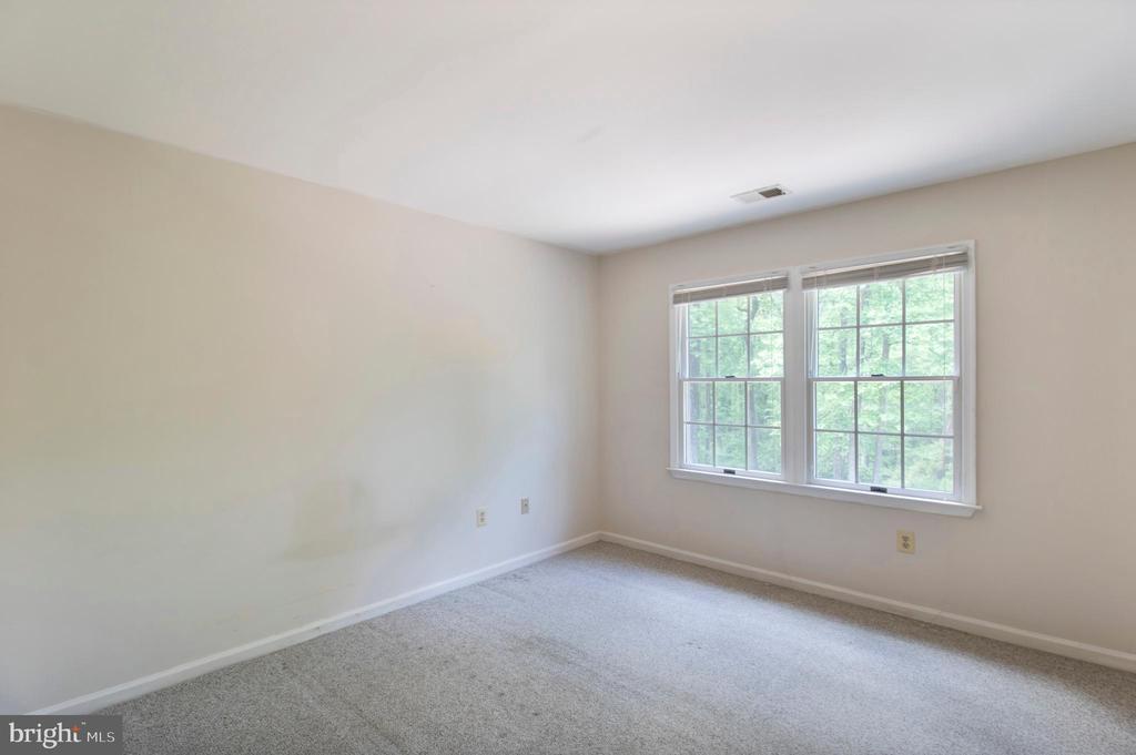 bedroom 4 - 15302 SWEETRIDGE RD, SILVER SPRING