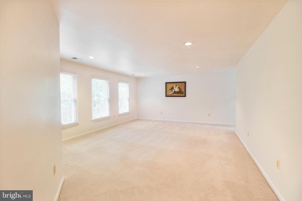 primary bedroom - 15302 SWEETRIDGE RD, SILVER SPRING