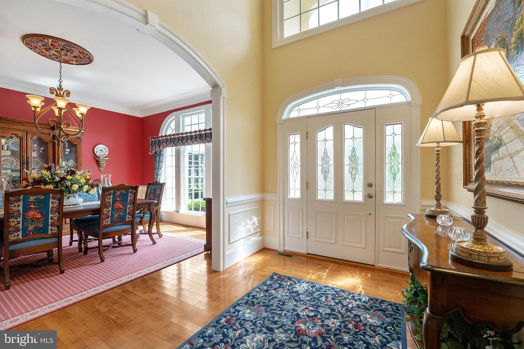 Magnificent Architectural Details Throughout - 11500 TURNING LEAF CT, SPOTSYLVANIA