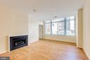 Gas Fireplace Living Room - 851 N GLEBE RD #115, ARLINGTON