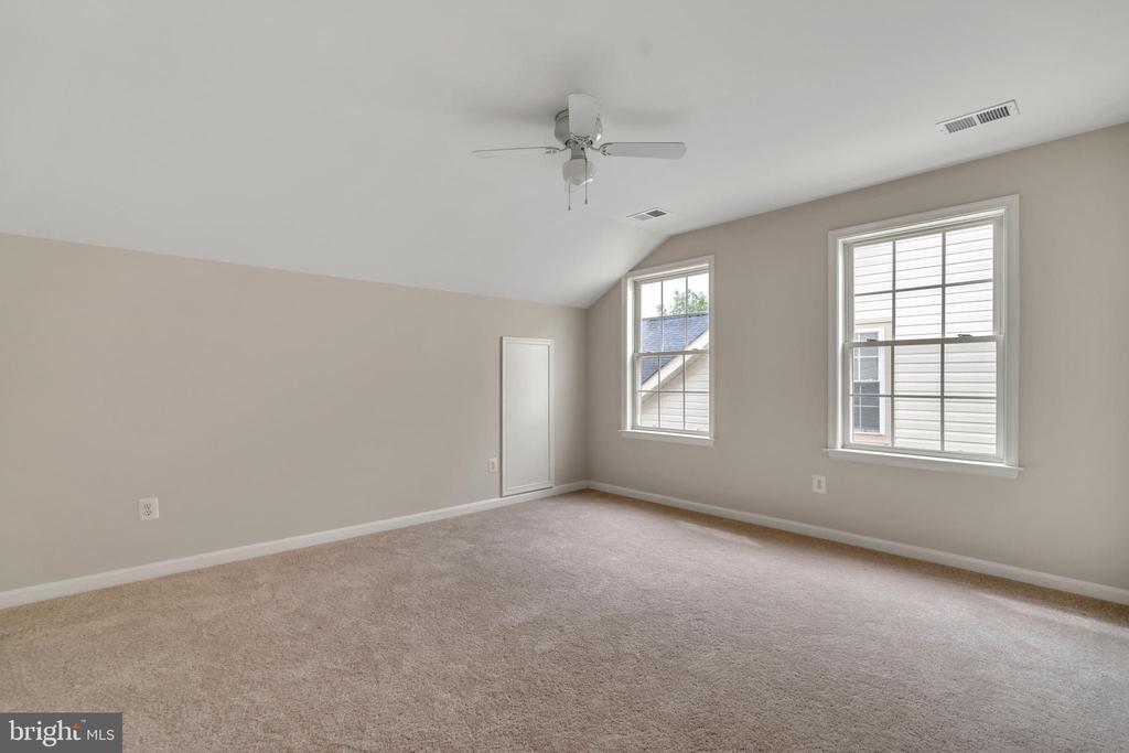 Guest Bedroom 2 - 13206 TRIPLE CROWN LOOP, GAINESVILLE
