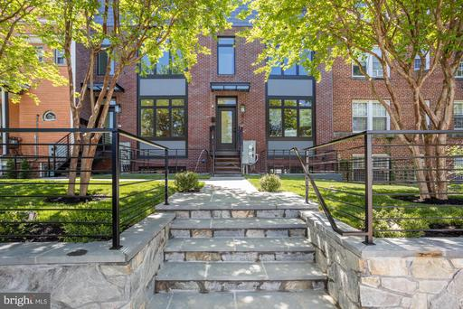 816 TAYLOR ST NW #2