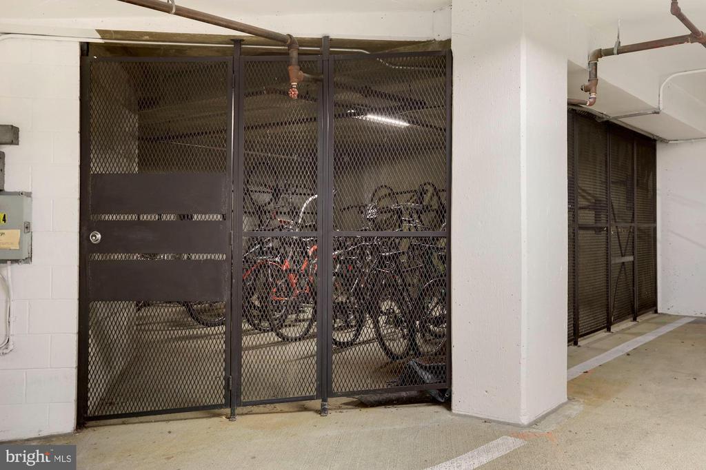 Secure bicycle storage - 2400 CLARENDON BLVD #301, ARLINGTON