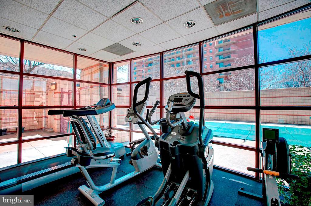Exercise Room - 2400 CLARENDON BLVD #301, ARLINGTON