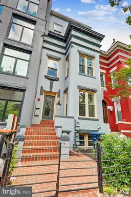 6 R ST NW #201