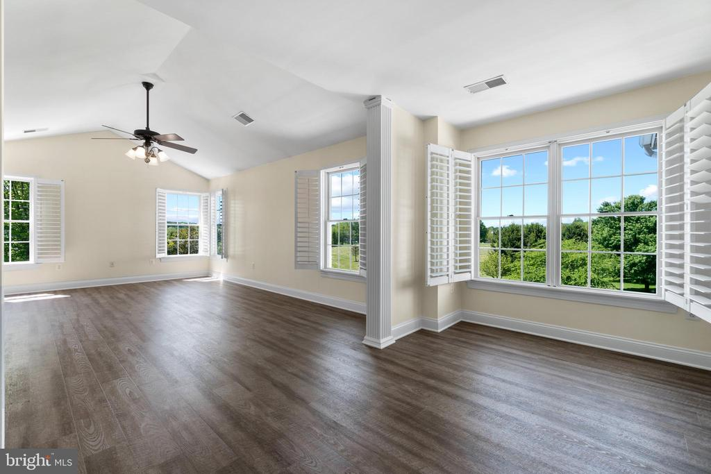 Owner's Suite, Luxury Vinyl Plank Flooring - 42341 GREEN MEADOW LN, LEESBURG