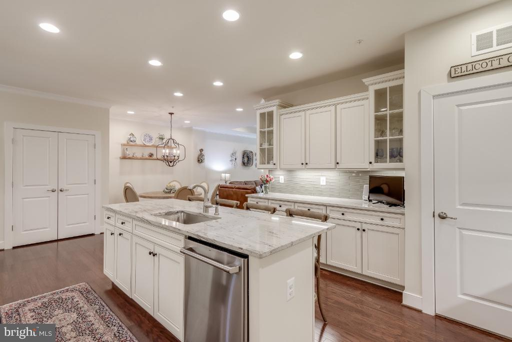 Pantry w/improved shelving & a laundry nook - 9754 KNOWLEDGE DR, LAUREL