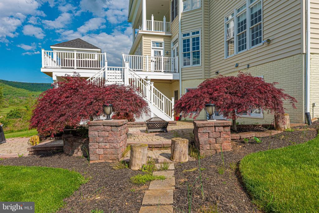 - 4202 MARYLAND CT, MIDDLETOWN
