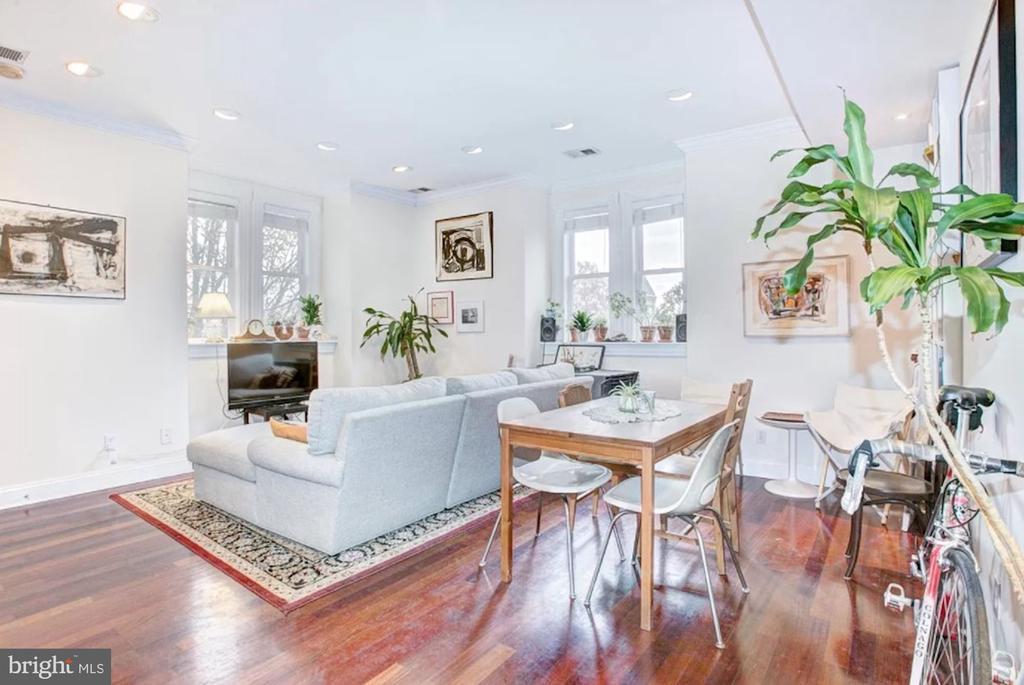 And Gleaming Hardwood Floors - 1700 13TH ST NW, WASHINGTON