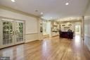 Family Room open to Kitchen - 3823 N RANDOLPH CT, ARLINGTON