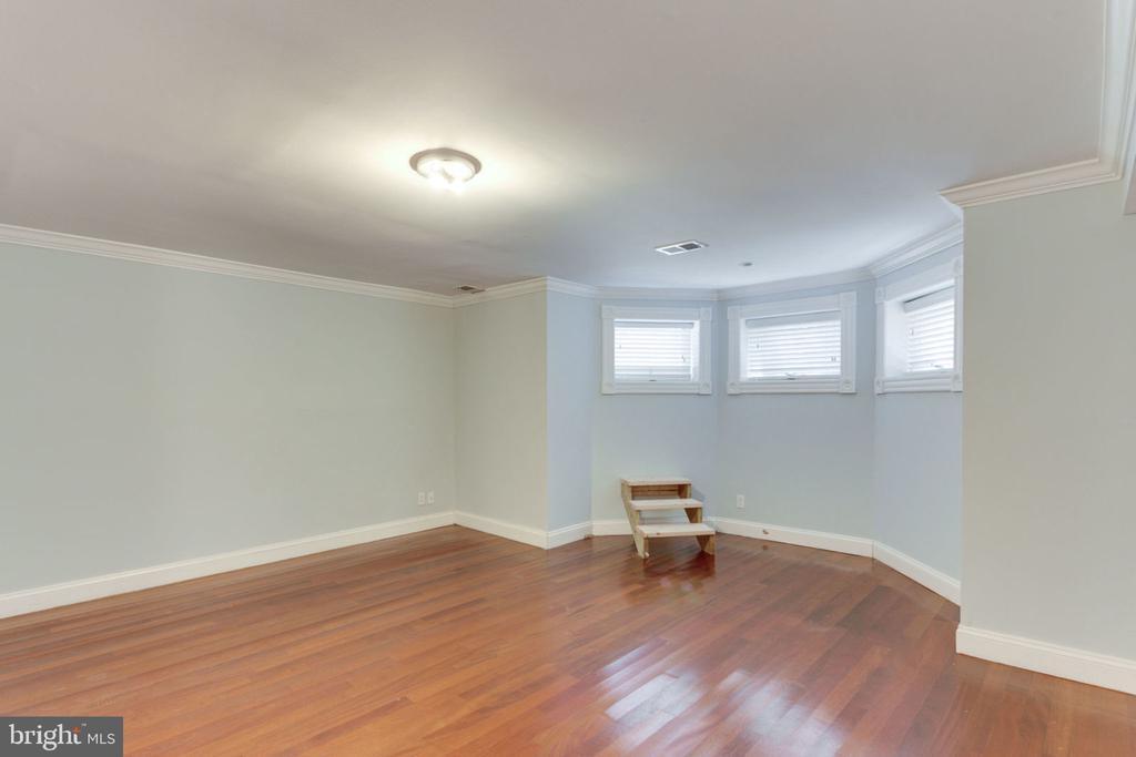 Unit 1 - Spacious Primary Suite - 1700 13TH ST NW, WASHINGTON