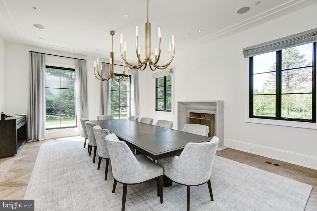 Formal Dining  Room - 8905 HOLLY LEAF LN, BETHESDA