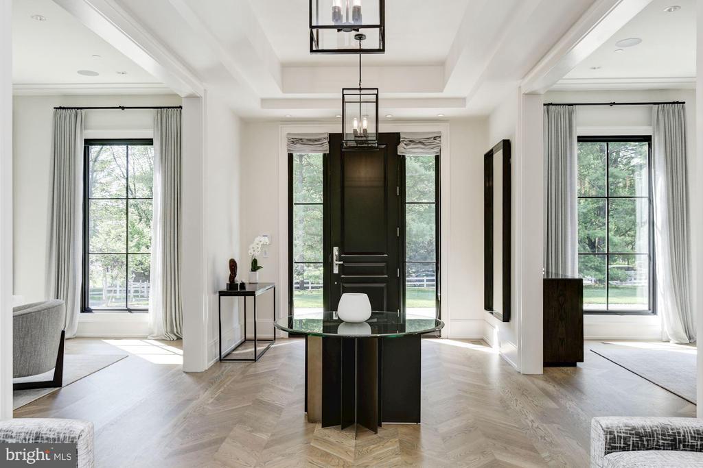 Foyer - 8905 HOLLY LEAF LN, BETHESDA