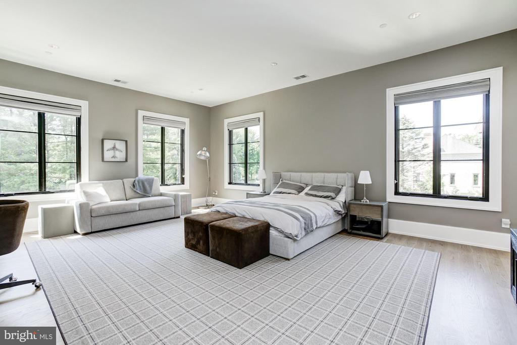 Bedroom #2 - 8905 HOLLY LEAF LN, BETHESDA