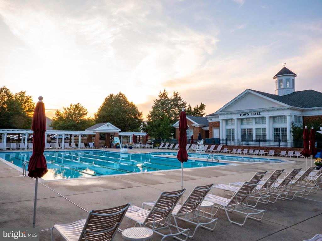 Town Hall Pool, 1 of 4 pools in South Riding - 25300 LAKE MIST SQ #205, CHANTILLY